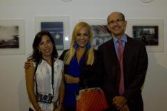 Verónica Gutiérrez Valenzuela (Messico), fotografa selezionata, Sylvia Irrazábal, Segretario Culturale IILA e Gabriel Rosenzweig, Ministro Ambasciata del Messico.